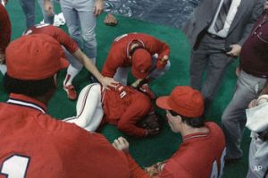 What happens after a tarp hits Vince Coleman
